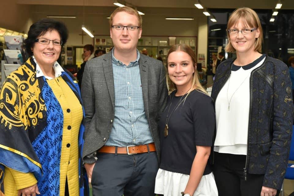 Gruppenfoto mit den Vertreterinnen von Frau in der Wirtschaft